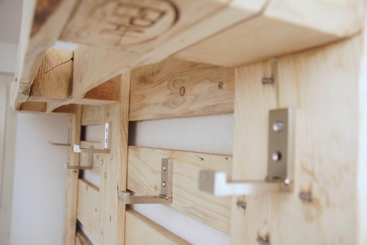 Möbel aus Europaletten Garderobe
