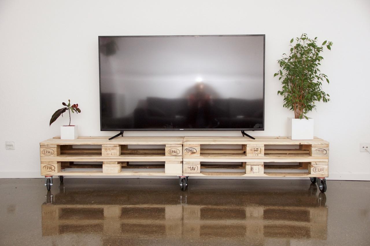 Möbel aus Europaletten TV-Möbel